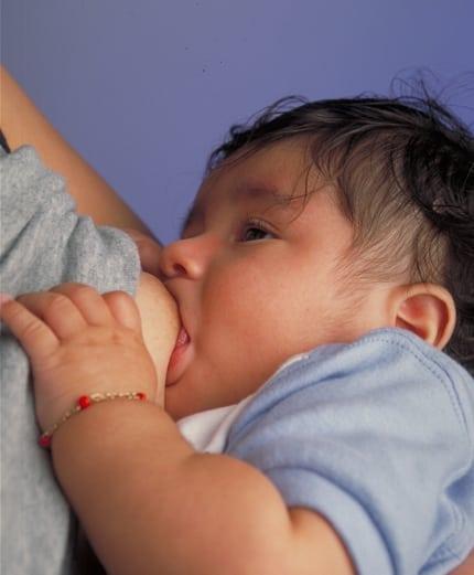personalityhacker.com_breastfeeding